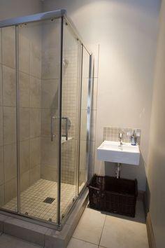 Photos by Grant Pitcher Bathtub, Design Ideas, Bathroom, Photos, Standing Bath, Washroom, Bathtubs, Pictures, Bath Tube