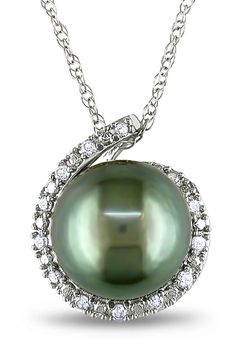 Tahitian Pearl 8-8.5mm Tahitian Pearl & 0.07Ct Pendant In 10k White Gold