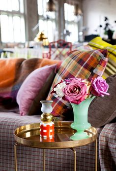 Winter Home Decoration Trend 2013-2014: Tartan Twist! Fashion & Interior Decoration met Check Prints in Furniture and Living Accessories! #Tartan #Check Fabric Sequana via Bart Brugman, #Missoni Pillow & #PolsPotten Vase. From: #Woonmodetrends