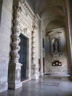 Siracusa: Particolare dell'ingresso del Duomo di Siracusa  Scopri le Offerte!  #siracusa
