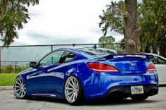 Hyundai Genesis coupe with Vossen CV1s