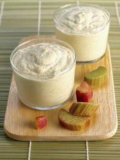 oeuf, vanille, eau, rhubarbe, sucre roux, yaourt nature