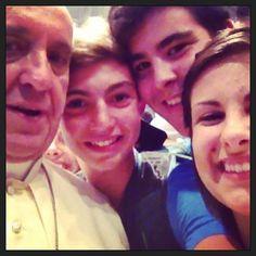"""Fate conoscere Gesù sui social network"" by Papa Francesco...LOVE YOU!vincicaprio."