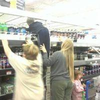 People Of Walmart! Part 1 (17 pics)~