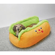 Wow! A hot dog bed! Such a cute idea! Perfect for a little dog!