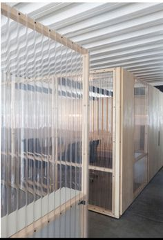clear corrugated plastic partitioning