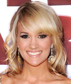 Carrie Underwood. Love her hair!