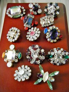 13 cool VICTORIAN rhinestone buttons faceted stones prong set