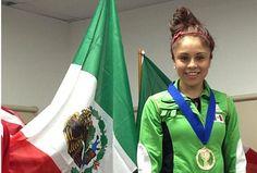Paola Longoria, tercera mujer abanderada por México en los últimos cinco JCC