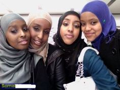 awwww, love this! wish my girls were Muslim too... May Allah, swt, guide them to Islam. Ameen.