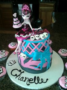 monster high cake and cupcakes I made for my daughters 3rd bday!