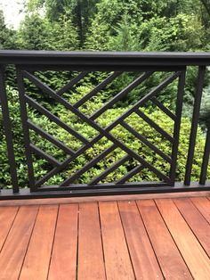 House Grill Design, Window Grill Design Modern, House Fence Design, Balcony Grill Design, Balcony Railing Design, Front Gate Design, Balustrade Balcon, Outdoor Stair Railing, Outdoor Living Rooms