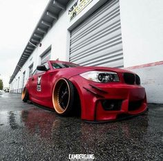 BMW E87 1M red deep dish slammed