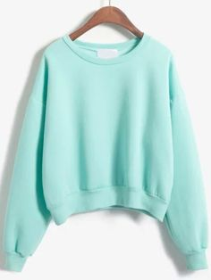 To find out about the Round Neck Crop Green Sweatshirt at SHEIN, part of our latest Sweatshirts ready to shop online today! Teen Fashion Outfits, Girl Outfits, Casual Outfits, Blue Fashion, Green Long Sleeve Shirt, Long Sleeve Tops, Long Tops, Sweat Style, Sweat Shirt
