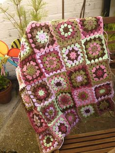 Crochet Crafts, Crochet Projects, Sewing Projects, Mode Crochet, Knit Crochet, Crochet Motif, Crochet Clothes, Diy Clothes, Crochet Skirts