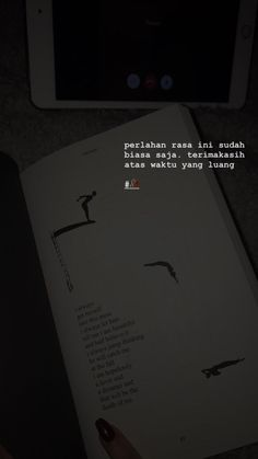Quotes Rindu, Story Quotes, Tumblr Quotes, Text Quotes, Mood Quotes, Life Quotes, Qoutes, Quotes Lockscreen, Wallpaper Quotes