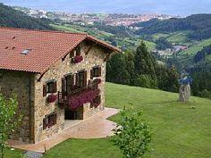 Casa Rural en la montaña 4193522 en Bermeo desde 72 € por noche para 16 personas. Reserva en HomeAway ahorra hasta un 40%.
