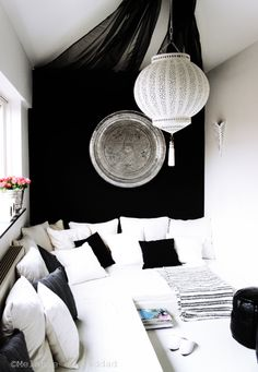 contemporary Moroccan style black and white