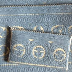 Vintage linen & fabric embroidery available online from Parna. We stock a range of antique hemp upholstery fabric including Hungarian grainsack linen. Hungarian Embroidery, Embroidery Sampler, Beaded Embroidery, Embroidery Patterns, Application Pattern, Felt Purse, Tablet Holder, Grain Sack, Felt Applique
