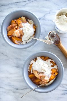 The Flourishing Foodie: Sweet Peach Cobbler with A Buttery Flaky Pie Crust Topping