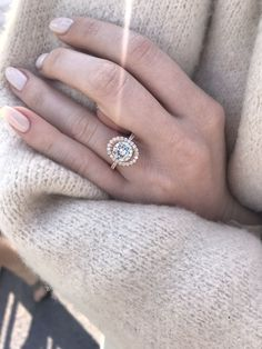 Engagement rings, rose gold, beautiful, oval halo. #haloengagementring