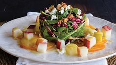 Pomegranate, Clementine and Ricotta Salad with Avocado and Toasted Almonds (aka Antioxidant Salad). A simple, beautiful and delicious salad that's packed with nutrients! Healthy Meals For Two, Healthy Salads, Easy Healthy Recipes, Healthy Eating, Healthy Fruits, Clean Eating, Pear Salad, Red Beets, Poached Pears