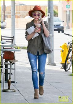 Julianne Hough Drops Off New Boyfriend Brooks Laich at LAX! | Brooks Laich, Julianne Hough Photos | Just Jared