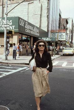 Leaving the cinema, 1981 Jackie O.