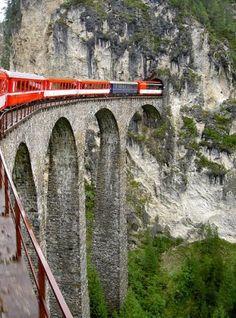 Swiss Rail to travel between Germany and Switzerland