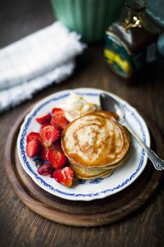 Lemon and Poppyseed Pancakes with Strawberries, Apple Syrup and Vanilla Mascarpone | DonalSkehan.com ok, 450kcal