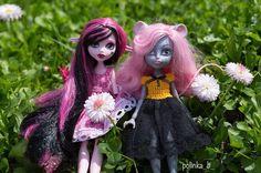 #doll#mh#monsterhigh#mattel#photodoll#куклы#монстерхай#школамонстров#everafterhigh#everafter#everafterhighdoll#мауседескинг#мауседес#mouscedesking#booyork#booyorkbooyork#весна#spring#дракулаура#friends by polinka_b_