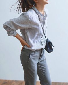 How to rock the casual chic look Smart Casual Outfit, Casual Chic, Casual Work Outfits, Work Casual, Casual Fridays, Work Fashion, Fashion Outfits, Dress Outfits, Uniqlo Style