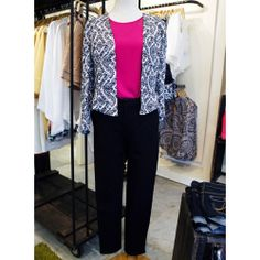 #MelaoLook de color y estilo en la oficina. #EstiloMelao #Moda #diseñovenezolano #lookdeldia #trabajo #fashion #job #ootd #style