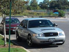 Ford Crown Victoria Police Interceptor.. Ford Panther Platform