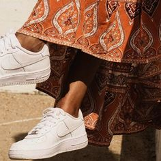 🧡👟✨// Today has been such a good day ugh Indian Aesthetic, Beige Aesthetic, Aesthetic Girl, Henna, Brown Girl, Character Aesthetic, Aesthetic Pictures, Indian Outfits, Indian Fashion