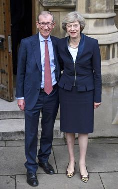 Theresa May and Philip May after it was revealed that Andrea Leadsom dropped out… English Prime Minister, Teresa May, Pride Of Britain, Rain Cape, Fancy Shoes, Business Attire, Role Models, Love Fashion, Work Wear