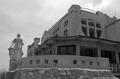 Samara, Konstantin Golovkin's Villa (Cottage with elephants), project of Golovkin and architect V. Samara, Elephants, Louvre, Villa, Cottage, Architecture, Building, Projects, Travel