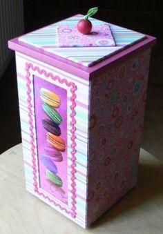 """Voici une présentation de lavidéo avec un pas à pas pour faire cette jolie boîte gourmande !c'est Martine Lintignat pour """"2..."""