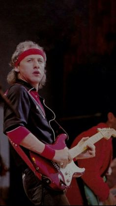 Wallpaper wembley 85 Tunnel Of Love, Mark Knopfler, Wallpaper, Style, Fashion, Swag, Moda, Fashion Styles, Wallpapers
