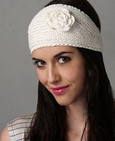 crochet headwrap free pattern ★•☆•Teresa Restegui http://www.pinterest.com/teretegui/•☆•★