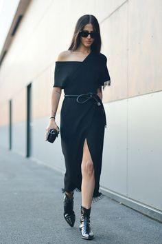 Paris Fashion Week Street Style pictures. #parisfashionweek #streetstyle #pfw