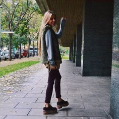 Coastal Love Friday wearing Tap for labels Look Fashion, Fashion Outfits, Cold Weather Outfits, Outfit Goals, Look Cool, Autumn Winter Fashion, Winter Outfits, Coastal, Cute Outfits