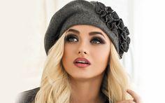 Модные шапки осень-зима 2017-2018 | фото Estilo Beatnik, Summer Hats, Winter Hats, Stylish Hats, Cloche Hat, Cute Hats, Girl With Hat, Bandanas, Headgear