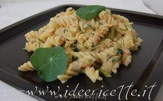 Ricetta Fusilli alla crema di tonno e foglie di nasturzio