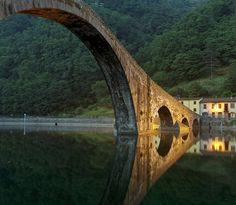 Tuscany, Borgo a Mozzano - Il diavolo