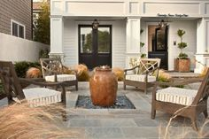 6 Tips For Creating A Summer-Ready Outdoor Room: Pick A Theme