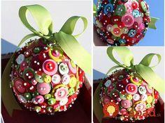 Na výrobu nádhernej vianočnej dekorácie nemusíte míňať množstvo peňazí. Ukážeme vám, ako ju si môžete vyrobiť ľahko a rýchlo aj u vás doma.