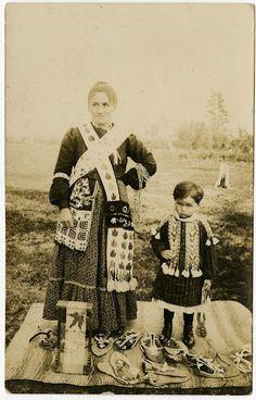 Ojibwa woman and child - circa 1910