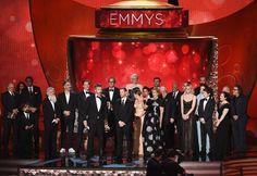 2016 Emmy ödülleri Kazananlar ♥♥♥ En İyi Drama Dizisi Game of Thrones (HBO)  En İyi Komedi Dizisi Veep (HBO)  Drama Dizisinde En İyi Erkek Oyuncu Rami Malek (Mr. Robot)  Drama Dizisinde En İyi Kadın Oyuncu Tatiana Maslany (Orphan Black)  İyi Erkek Oyuncu Jeffrey Tambor (Transparent)  Dizisinde En İyi Kadın Oyuncu Julia Louis-Dreyfus (Veep)  Drama Dizisinde En İyi Yardımcı Erkek Oyuncu Ben Mendelsohn (Bloodline) ♥♥♥ http://instyle.com.tr/fotograf/2016-emmy-odulleri-kirmizi-hali-stilleri-96751