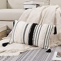 Amazon.com: blue page Morocco Tufted Boho Throw Pillow Covers 12X20 Inch - Lumbar Small Decorative Pillows Cover for Couch Sofa Bedroom Living Room, Rectangle Accent Pillow Case ONLY (Black Off White): Home & Kitchen